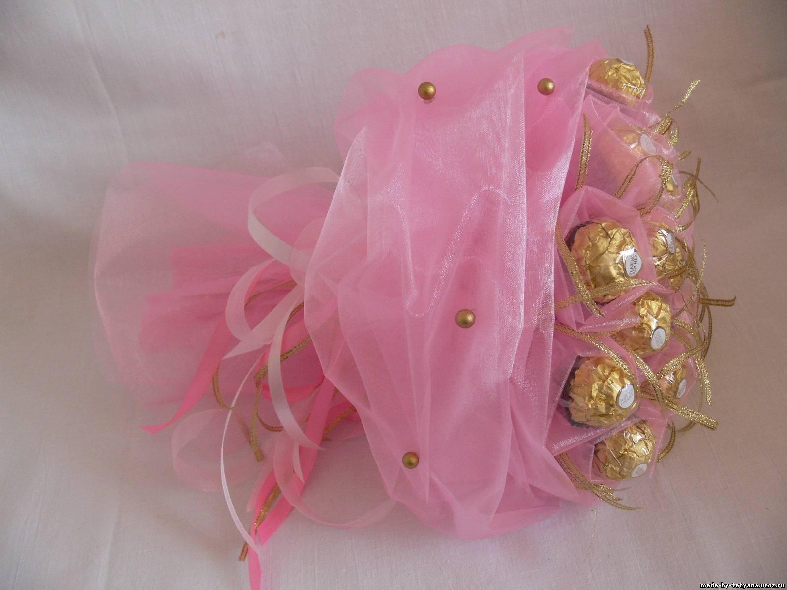 Букеты из конфеты в органзе мастер класс