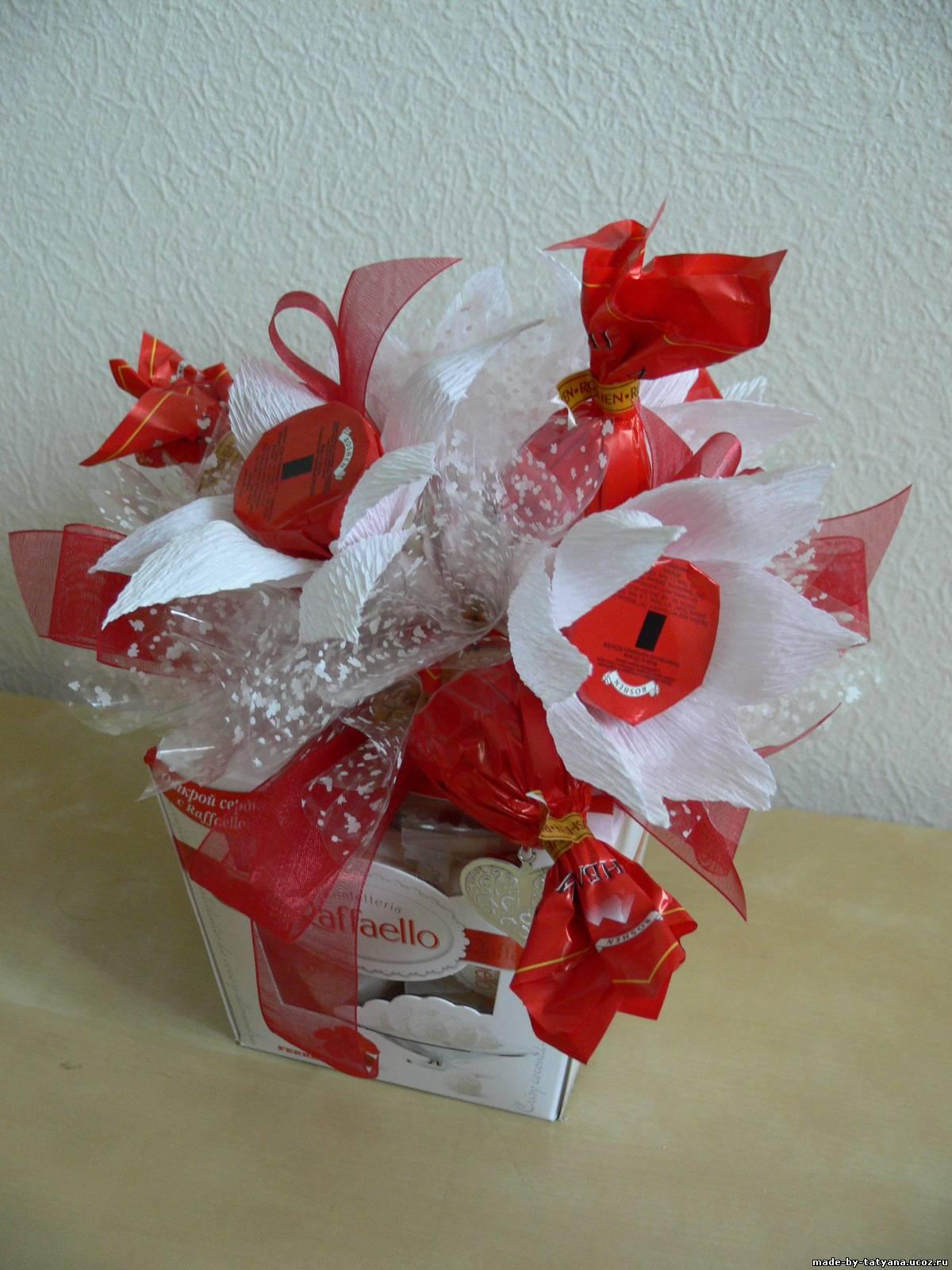 Оформление букетов из конфет своими рук